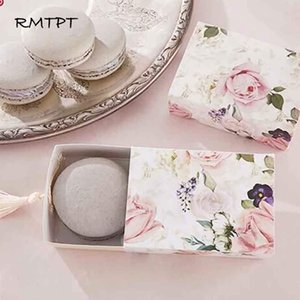 RMTPT 50pcs lot Floral Candy Gift Box Drawer Design Party Favor Boxes Craft Paper Box with Tassel for Pulling Q1127
