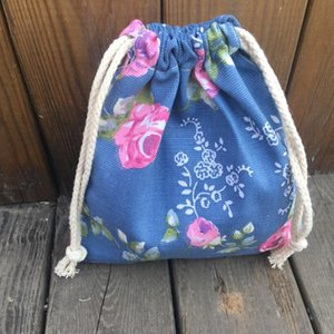 1pc Cotton Canvas Drawstring Organized Pouch Party gift Bag Rose Flower Blue Base YILE9318c
