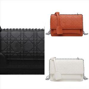 P9OPB Cadena Diana Bag Handbag Designer Neiman Marcus Bag Femenino Nuevo estilo de hombro All-Match Bolso Moda Estilo Extranjero Lujo Coreano
