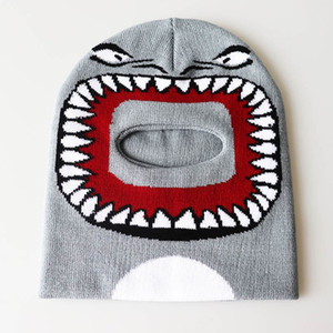 Baby Boy Girls Shark Face Cartoon Beanie Winter Hat Funny Hip Hop Caps Warm Skiing Tuque Bonnet Knitted Beanie Earmuffs Cap E122502