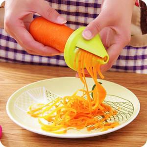 1 pcs Alta Qualidade Espiral Slicer Vegetal Shred Dispositivo Cozinhar Salada Cortador de Cenoura Cozinha Ferramentas Acessórios Gadget Funnel Model