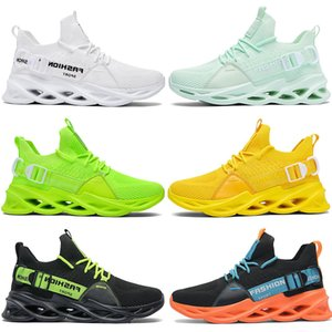 2021 New men running shoes triple black white fashion mens women breathable great trainers breathable sports outdoor sneakers