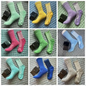 Men Women Sports Socks Fashion Long Socks With Printed 2021 New Arrival Colorful Comfortable Running Non-Slip Socks 20 Color With Tags