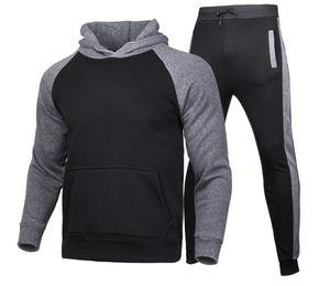 Hombre diseñadores Ropa 2020 Hombres de invierno Diseñadores de chándales con capucha Pantalones con capucha Pantalones de 2 piezas Conjuntos Trajes de vestir de alta calidad Chaqueta de tamaño de alta calidad Suéteres