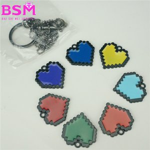 7 Heart-Shaped Necklace Keychain Sets 7 Game Peripheral Heart-Shaped Metal Trinkets