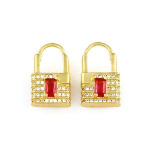 Nuevos Pendientes de Oro Chunky Micro Pave CZ Irregular Luck Lock Forma Hearm Charm Pendientes de aro pequeño para mujer Joyería femenina