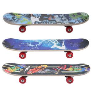 22 pouces Mini Cruiser Mini Cruiser Skateboard Bois d'érable Tarif de poisson Street Panneau de skate Sport extérieur