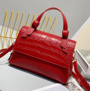 New arrival Hot Genuine leather women purse high quality Red