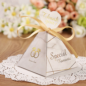 Triangular Pyramid Marble Candy Box Wedding Favors and Gifts Boxes Chocolate Box for Guests Giveaways Boxes Party Supplies Y1202