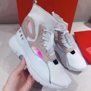2019 Real Picture Luxury Designer Sneakers For Women Luxury Red White Spikes Fashion Casual Womens Shoes Designer Leisure Trainers Foot