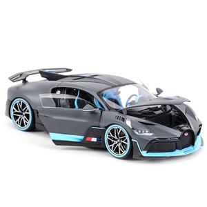 Bburago 1:18 Bugatti Divo Sport Auto Simulazione statica Die Cast Veicoli da collezione Modello da collezione Auto Giocattoli Y1201