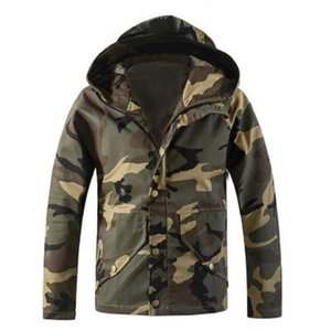 Mens Camouflage Outdoor Jackets Fashion Trend Long Sleeve Button Zipper Hooded Coat Designer Male Winter New Casual Slim Outerwear