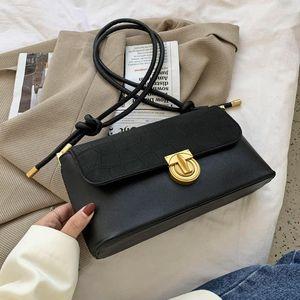 Toposhine piedra patrón matorral mujer bolsa nuevo diseño popular pequeño bolso cuadrado moda botón magnético mujer hombro
