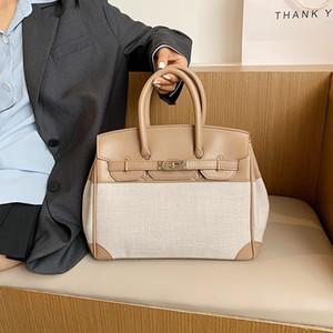Advanced sense handbag women's foreign style 2021 new fashion Korean One Shoulder Messenger Commuter versatile Bag