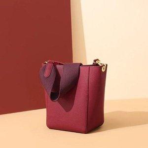 New leather simple wide shoulder strap bucket female bag shoulder messenger bag 2020 hot solds womens bags designers handbags purses