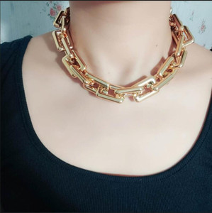 Retro fashion exaggerated metal short necklace female accessories hip hop necklace clavicle chain lover gift