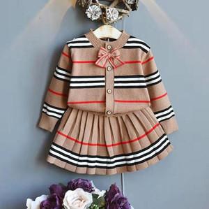 A003 Yeni Kızlar Takım Elbise Yeni Bahar Giysileri Kadın Bebek Moda Ceket + Kısa Etek İki Parçalı Suit