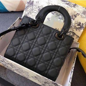 Designer Dame Umhängetaschen Messenger Kreuz Body Bag All-Match Clamshell PU Leder Buchstaben Krokodil Party Handtasche Wide Gürtel Mini Totes