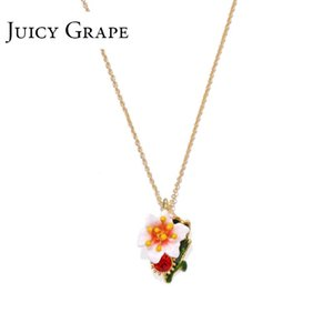 Juicy Grape Neck Chain Girl Short Collar chain Flower Sido Small Fresh Decorative Necklace Sweater