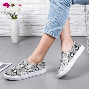 Leopard Women's Flat Shoes Casual Ladies Canvas Shoes Lazy Loafers Women's Canvas 2020 Casual Snake Print