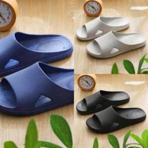 5Tsd fashion Big Cartoon leather Head Slippers products woman shoes Metal buckled Thick bottom slipper Sandals high quality