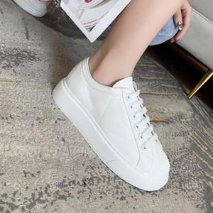 Roda designer Cassetta Plataforma Mulheres Sapatos Liso Sapatilhas Espesso Liso Lace-Up Tecido Casual Sapatos Branco Mulheres Pretas Treinadores com Caixa 263