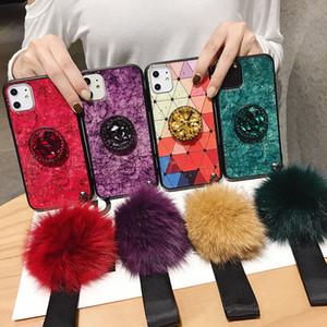 Étui de lanière à boule de fourrure d'époxy en marbre pour iPhone 12 11 Pro Max XS XR 8 Plus Samsung S20 Fe Note 20 Ultra A21S A51 A71 5G M31 M21