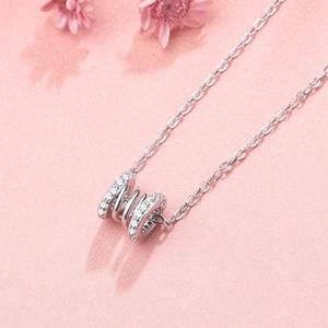 الفولاذ المقاوم للصدأ قلادة أنثى ضوء فاخر جديد الإبداعية الربيع، قلادة جوفاء مع الماس الفاخرة على كلا الجانبين، نمط عصري
