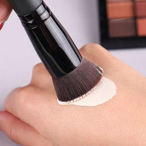 جديد المعادن مثالية فرشاة الوجه متعددة الأغراض فرشاة الأساس السائل بريميوم الوجه ماكياج فرشاة الوجه مؤسسة أداة WQ340