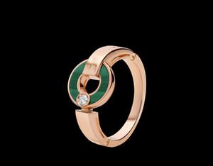 Classic New Disc Shell White Shell Diamond Letra Ladies Charm Jewelry Anillo de Lujo Exquisito Embalaje Caja de Regalo