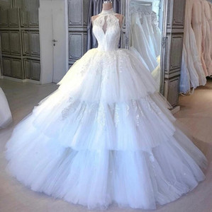 Setwell High Neck Ball Gown Wedding Dresses Sleeveless Lace Appliques Pleated Tiered Tulle Floor Length Bridal Gowns