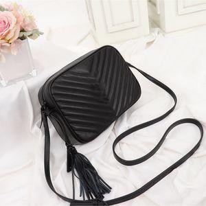 Luxurys tasarımcıları çanta LOU KAMERA ÇANTASI tasarımcı lüks çanta çantalar kadınlar crossbody çanta moda omuz çantaları luxurys Tasarımcılar Çanta