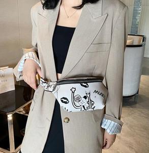 New Fashion Women Waist Bag Graffiti Chest Bag Girl Casual Shoulder Bags Ins Hot Selling Women Saddle Handbag Cool Crossbody