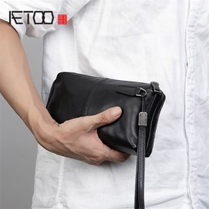 AETOO Men's soft casual handbags, long zip-up wallets, leather mobile phone bags Q1129