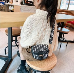 4-color explosion style new style foreign fashion catwalk mini girl child one shoulder messenger small bag female bag
