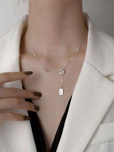 Стерлингового серебра 925 стерлингового серебра Ожерелье Элегантное письмо Creative Rock Ожерелье для Женщин Дружба Ювелирные Изделия Подарок Простой дизайн