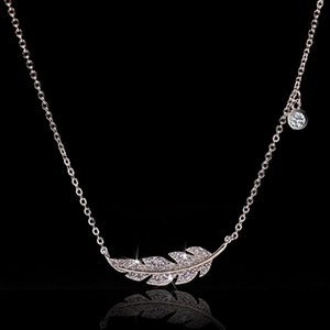Simple Fashion Feather Leaf Zircon Necklace Silver Color Clavicle Chain Charm Necklace For Women Statement Wedding Jewelry Gift