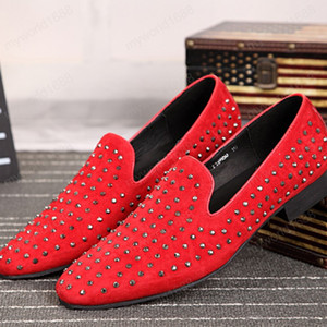 British Style Male Smoking Slippers Shoes Red Suede Leather Man Rivet Flats Shoes Men's Party Dress Loafers Shoes