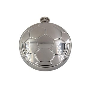 Portable 304 Stainless Steel Football Mirror Design Round Hip Flask Men Pocket Wine Flagon With Funnel DHB2881