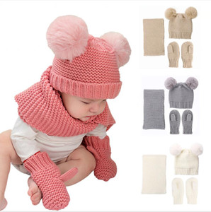 Hat bebê Cachecol Luvas Conjuntos de Inverno Crianças Gorro cachecol de pele Pom Pom do bebê Gorros cor sólida 3 Pieces Set DDA800