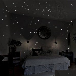Hot Glow In The Round Dot Dark Star Stickers Luminous Vinyl Wall Stickers Like Star In The Night Romant jllivu trustbde