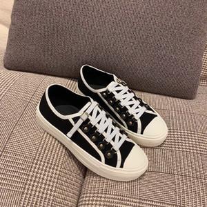 Yeni Geliş Kadınlar B23 Yürüyüş Sneaker Beyaz Eğik Teknik Mesh Sneakers Klasik Platform Ayakkabı Grils Dantel-up Eğitmenler Kutusu