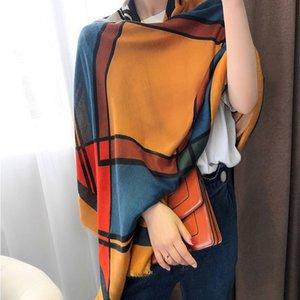 Classic Factory Shawl Women Gatos Gatos Shawls Imprimir Restaurar Diseñador Directo Sentado Shawal Negro Cálido Venta al por mayor Venta de invierno Qmlub