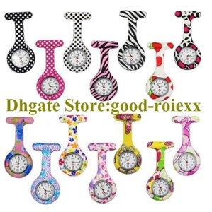 Großhandel Zufällige Lieferung Frauen Krankenschwester Taschenuhr Halskette Zubehör Pullover Kette Damen Hängende Uhren Quarz Ladys AA00139