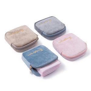 Mode Femme Femme Sac à lèvres Organisateur de stockage Mini Flanelette Serviettes hygiéniques Chaîne de maquillage portable Kit de poche de lavage