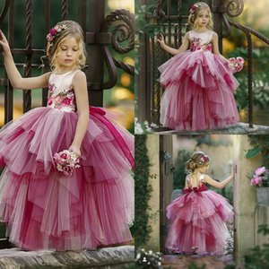 2021 Pink Flower Girl Dress Jewel Sleeveless Appliqued Tiered Tulle Girl Pageant Gown Bow Backless Custom Made Hot Sell Birthday Gowns Cheap