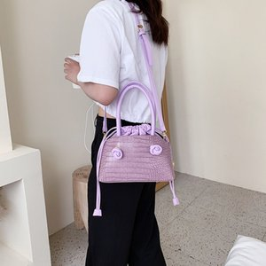 2020 new fashion Ins super fire crocodile design womens bagHandbag bucket bag all-around pump with Bucket Bag Fashion One Shoulder Messenger