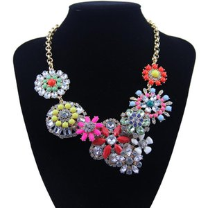 The new ms flower shape alloy necklace set auger color resin lady dress wholesale sweater necklaces