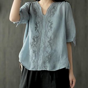 Summer Arts Style Women V neck Shirts Cotton Linen Embroidery Vintage Ladies Blouses Loose Short Sleeve Shirt Plus Size S683