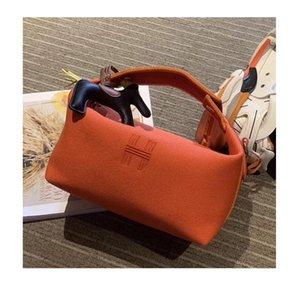 New women's large-capacity pillow bag handbag underarm bag shoulder messenger hand carry handbag canvas luxury designer
